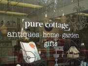 Pure Cottage Lettering